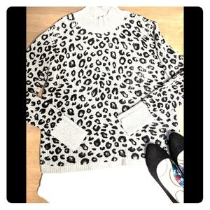 Apt 9 Women's Sweater Size XL